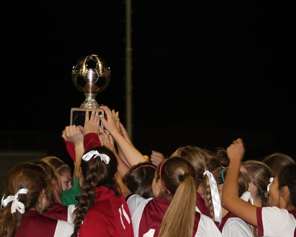 The Salpointe girls won the trophy last year (Andy Morales/AllSportsTucson.com)
