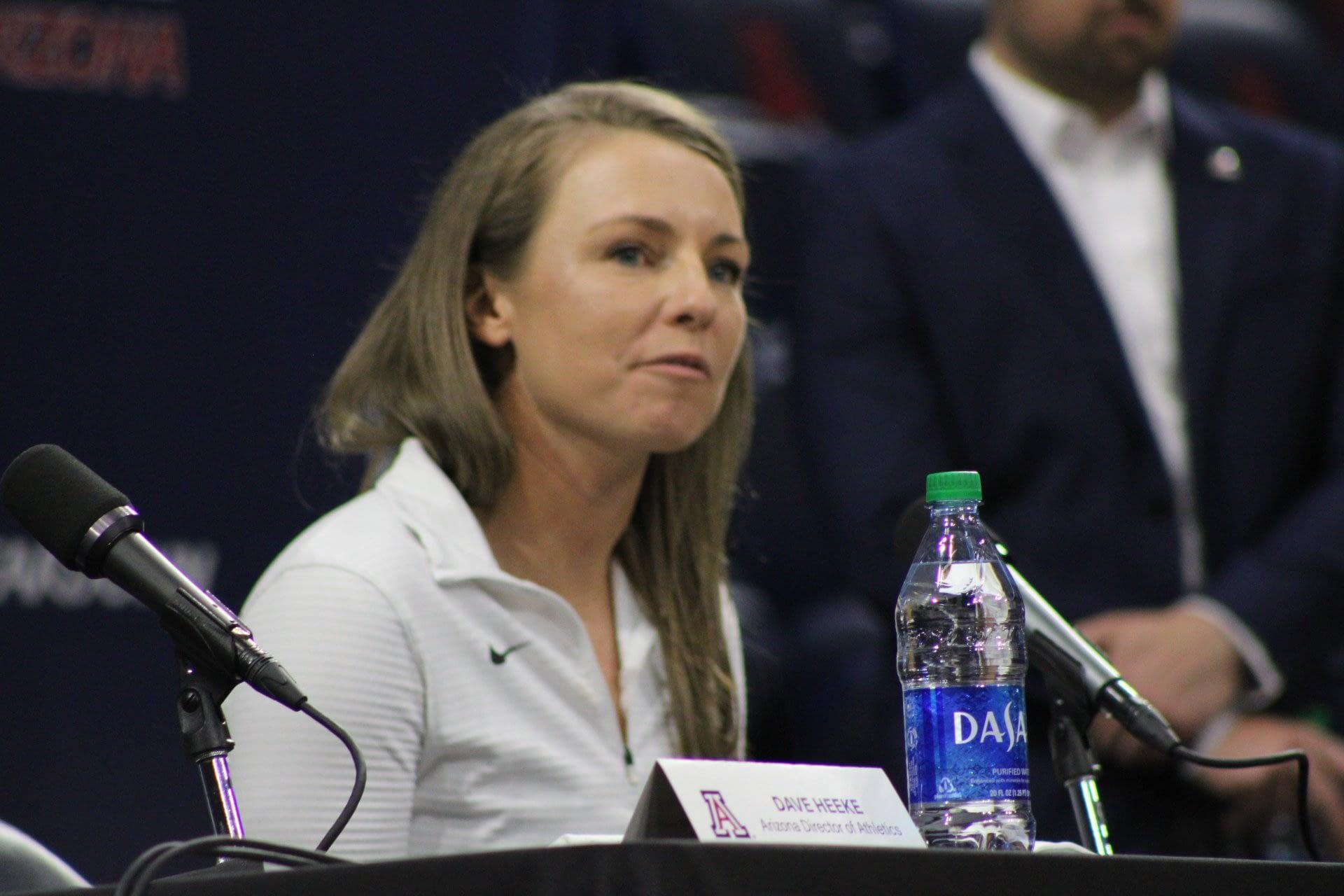 Caitlin-Lowe-head-coach